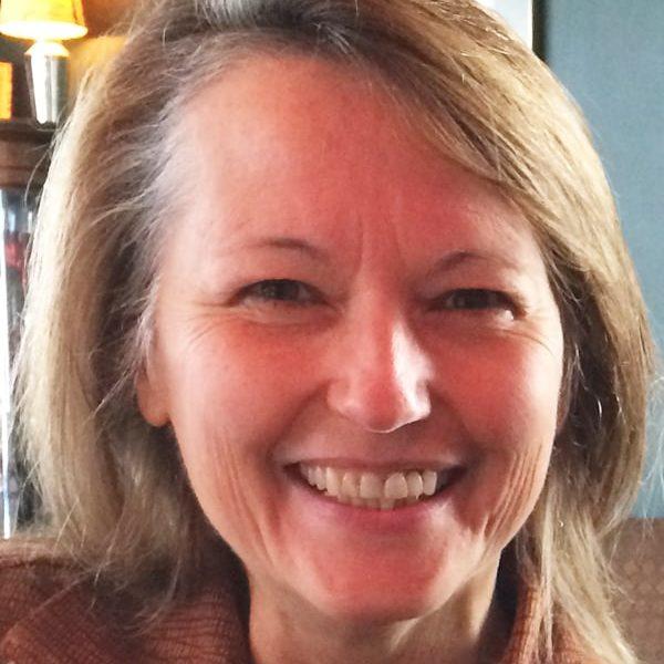 Sue Ellen Maguire 600x800 - Sue Ellen Maguire